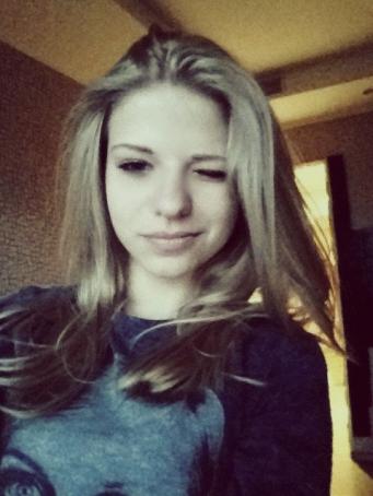 lee_anya_328